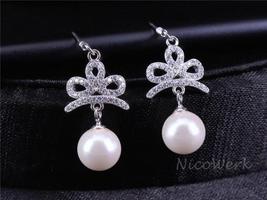 Perlenohrringe Weiß