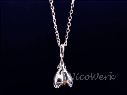 Silberkette mit Anhänger Magnolie